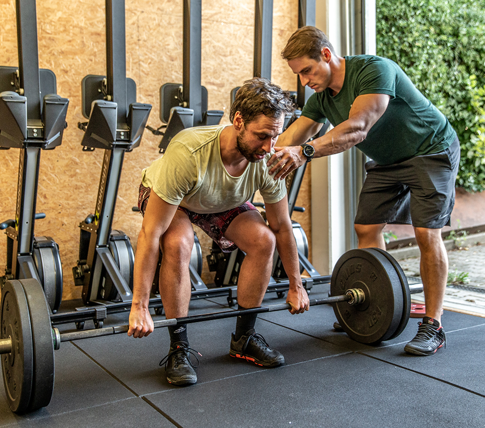 CrossFit Coach Weightlifting